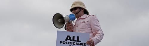 Oportunidad de oro, hazte asesor político. Internet facilita la reelección