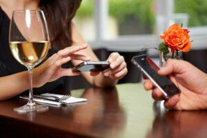 Llega qlikBar, una app para hacer pedidos desde la mesa del bar